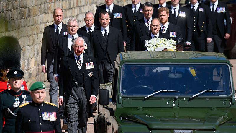 Members of the royal family mourn Prince Philip