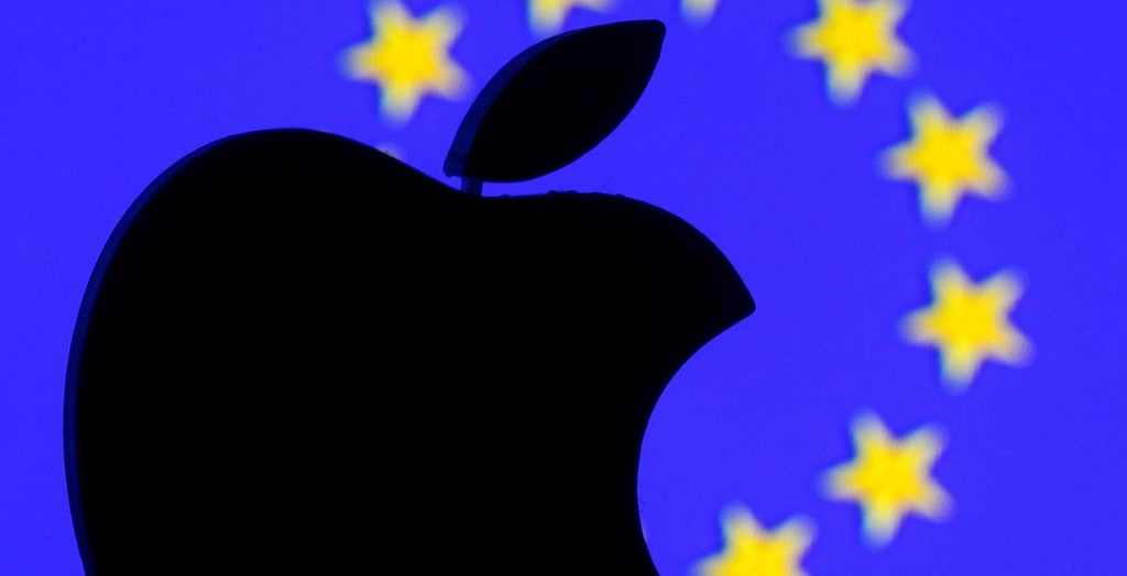 Competition - Apple is threatening European Union antitrust fines for the influx of music