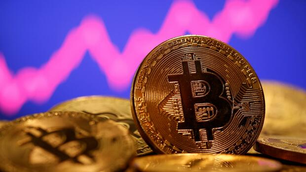Current Bitcoin Price: Coinbase IPO rollout boosts Bitcoin
