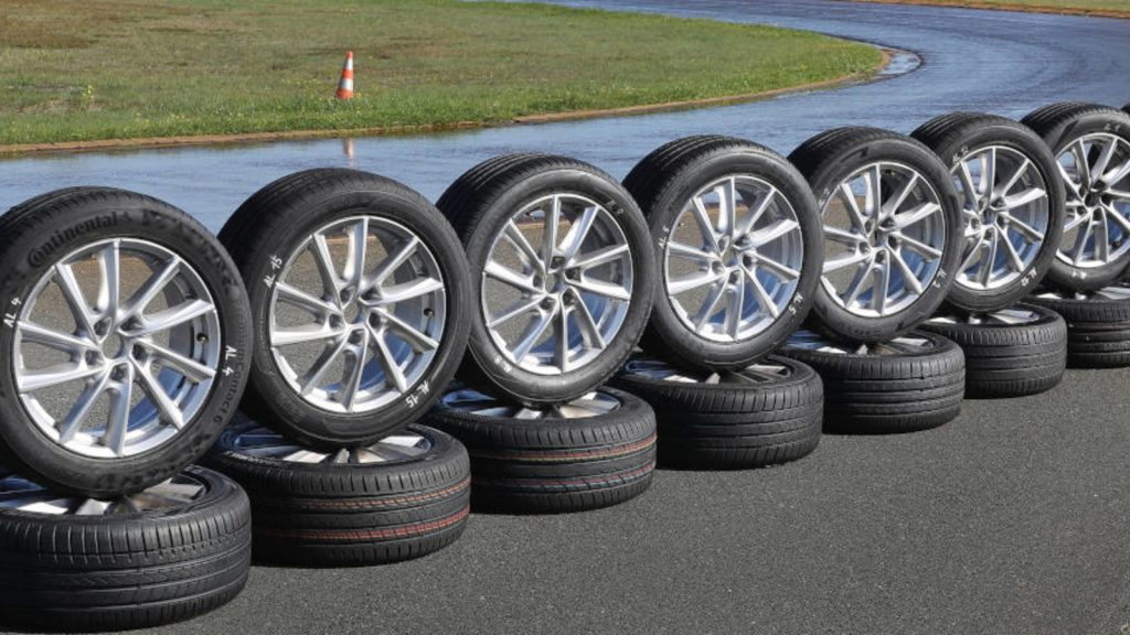 The new tire sticker starts May 1, 2021: all information