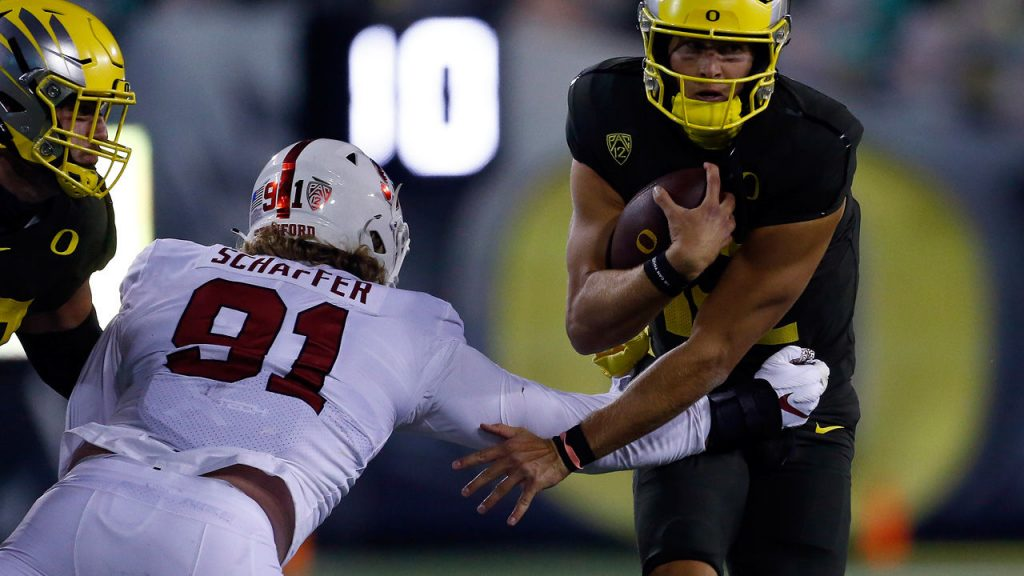 NFL: Vienna Thomas Schafer signs for the Chicago Bears - Sport Mix