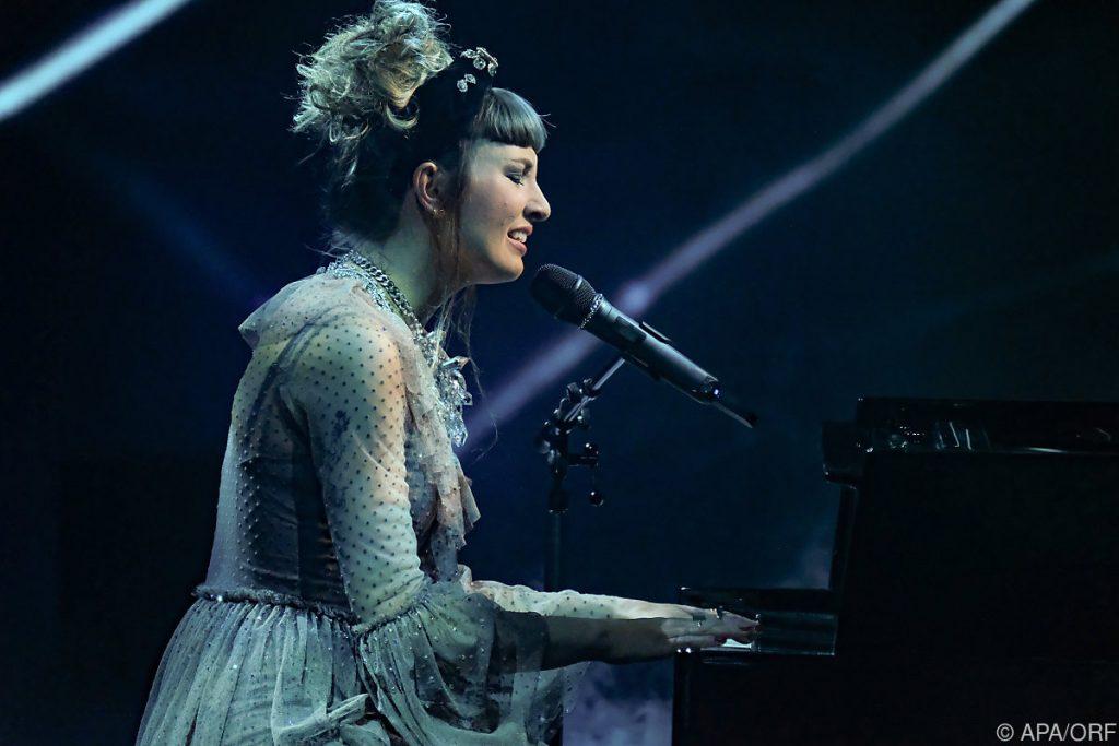 "Anna Buchiger won the ORF production program ""Starmania 21"""