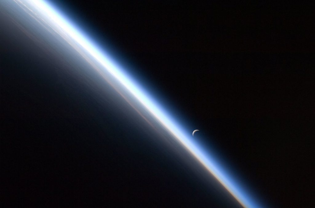 Earth's atmosphere is shrinking: Carbon dioxide emissions generate more space waste