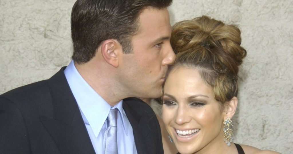 """Jennifer Lopez: She supposed to have """"feelings"""" for Ben Affleck"""