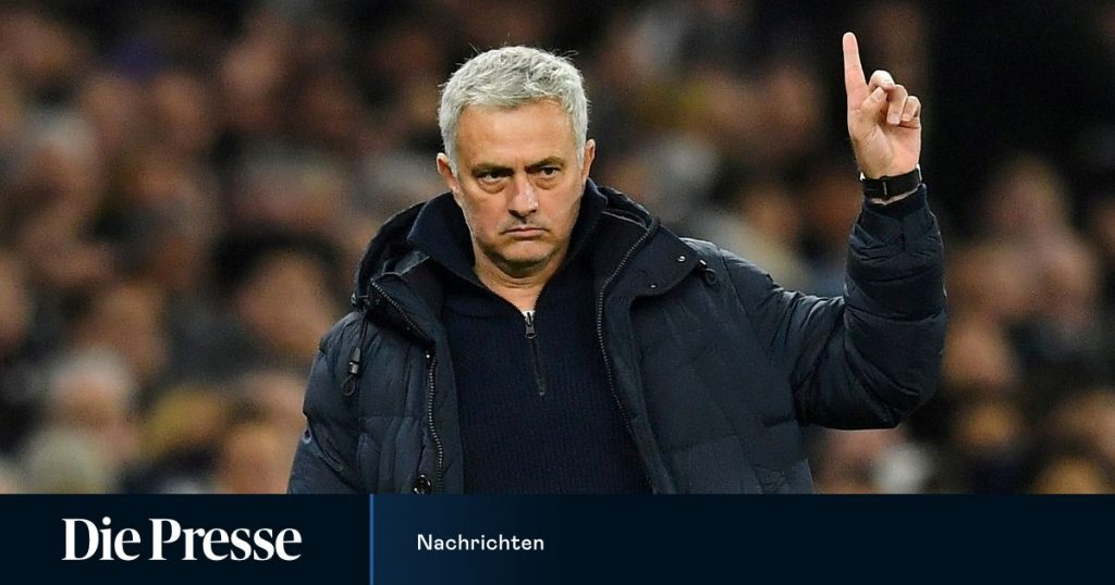 Jose Mourinho became the new Roma coach