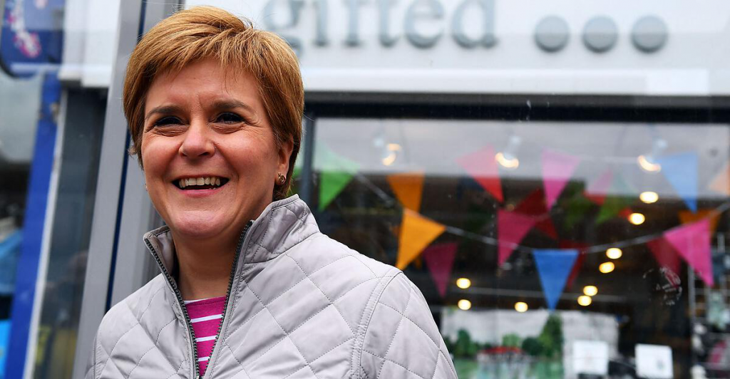 Parliamentary elections in Scotland: the ruling party narrowly failed to gain an absolute majority