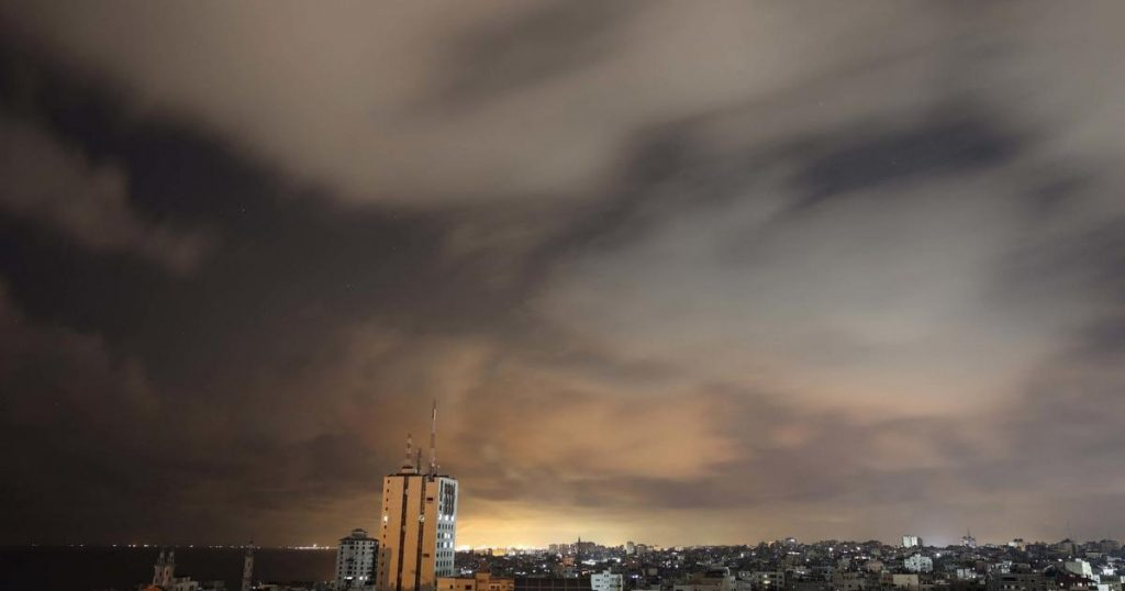 The ceasefire in the Gaza Strip is in effect for the time being