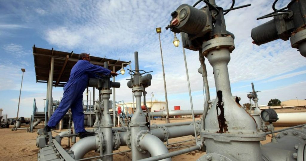 US pipeline closed after hacker attack: Oil prices rose