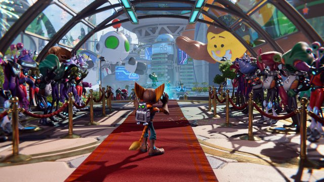 At the same time, Ratchet and Clank are celebrated in a pompous ceremony for their exploits.
