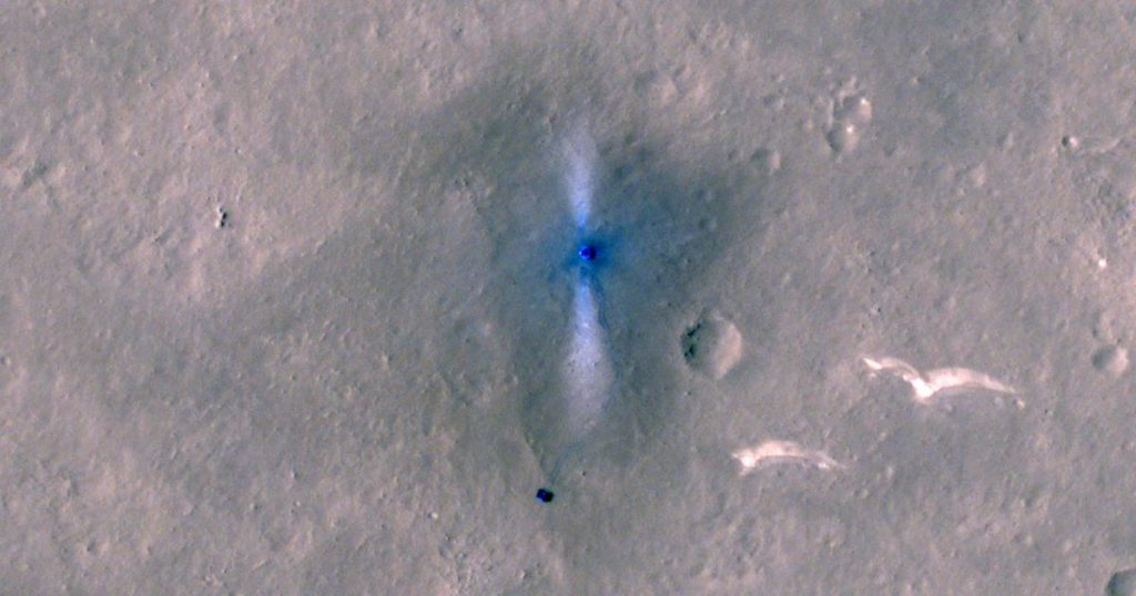 NASA's probe photographed Chinese Mars rovers from orbit