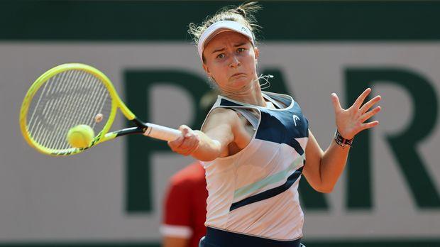Barbora Krejsikova celebrates her first Grand Slam win