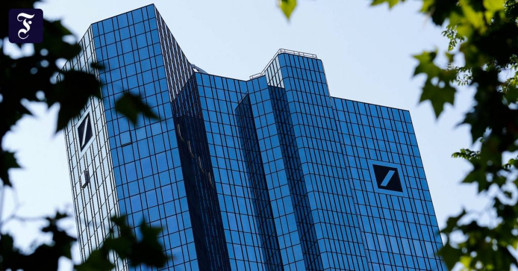 Deutsche Bank expects a heavy burden