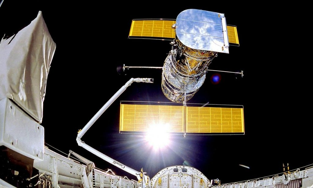 Dilapidated storage: The Hubble Space Telescope is still broken