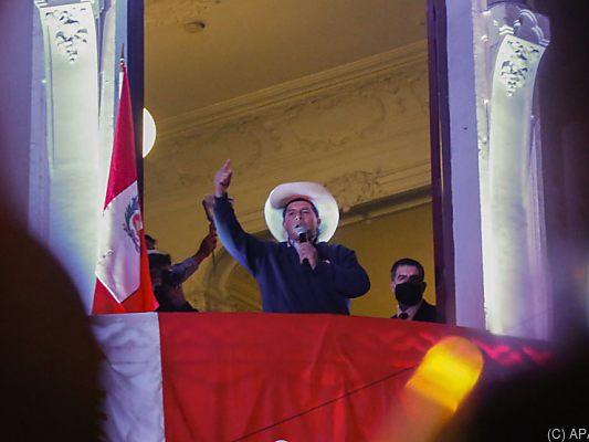 Election observers in Peru see no irregularities - Politics -