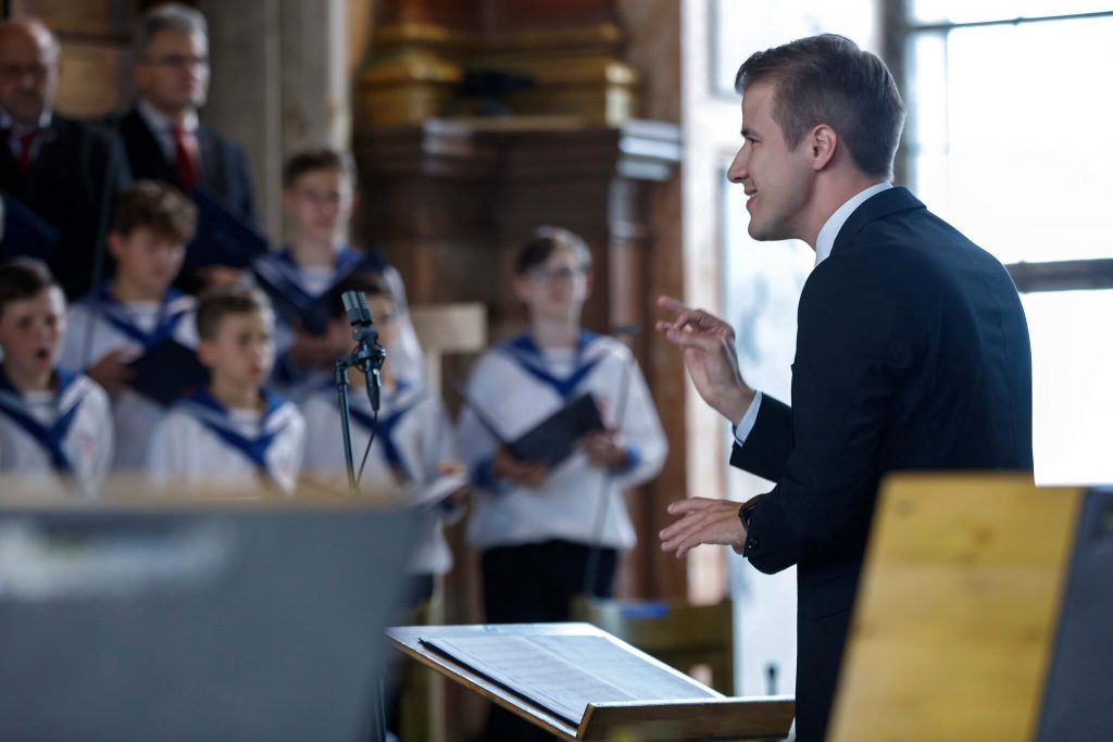 Florian Boys Choir: Anniversary Concert with Franz Welser-Most at the Abbey