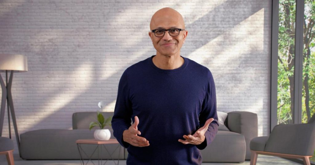 Microsoft CEO calls Apple to do iMessage for Windows 11