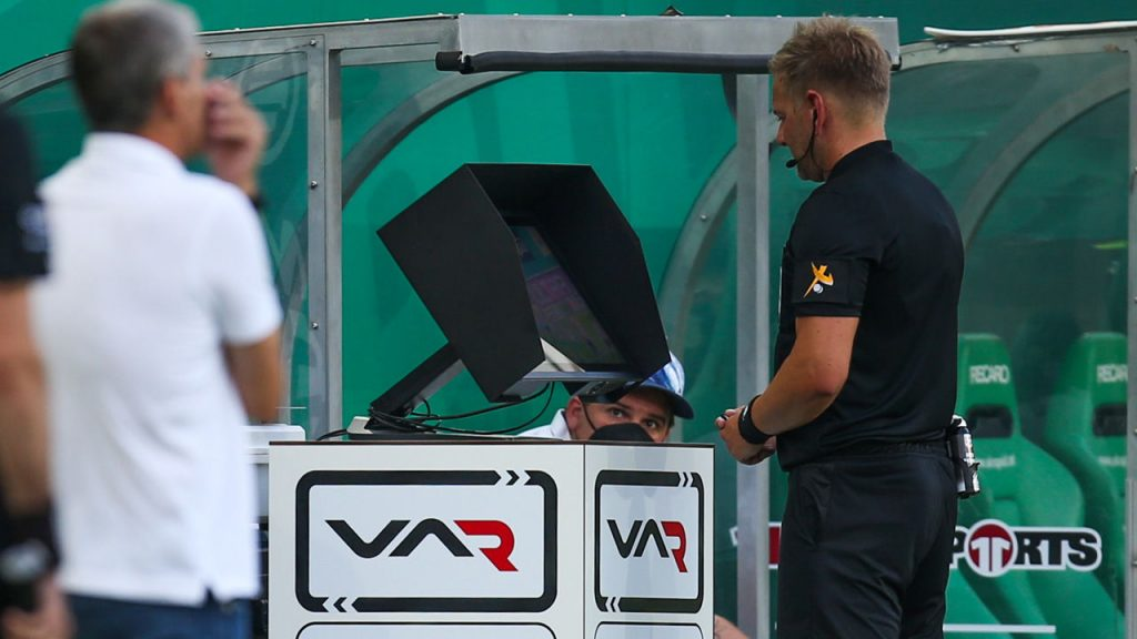 Bundesliga and ÖFB satisfied with premiere of VAR technology