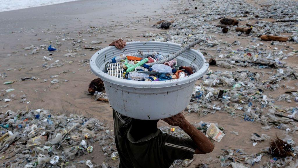 Plastic waste: Researchers warn of irreversible environmental damage