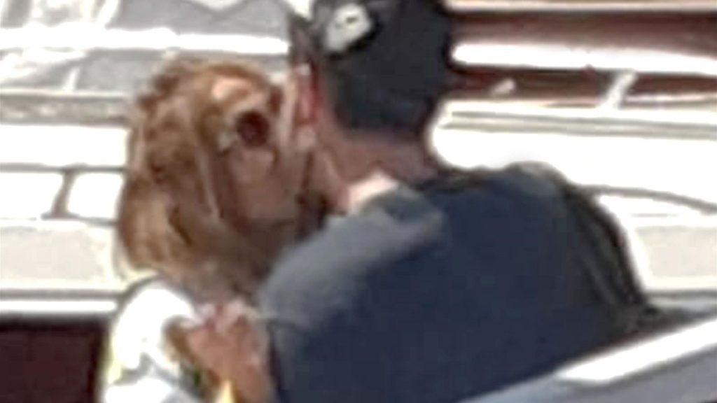 Romantic Vacation for Couples: JLo and Ben hugging again