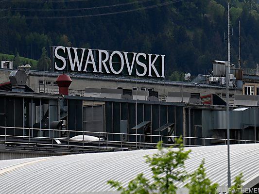 Swarovski cuts 40 jobs in local stores - Tirol -