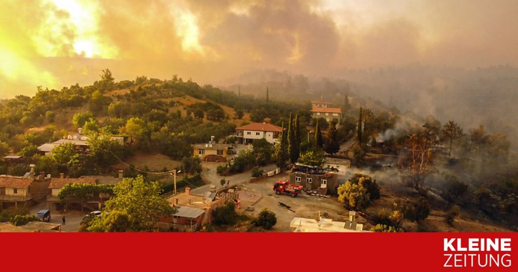 Heat and fires worry southern holiday countries «kleinezeitung.at