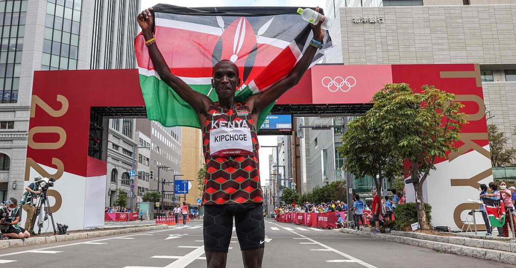 """Kipchoge wrote history in the """"pan"""""""