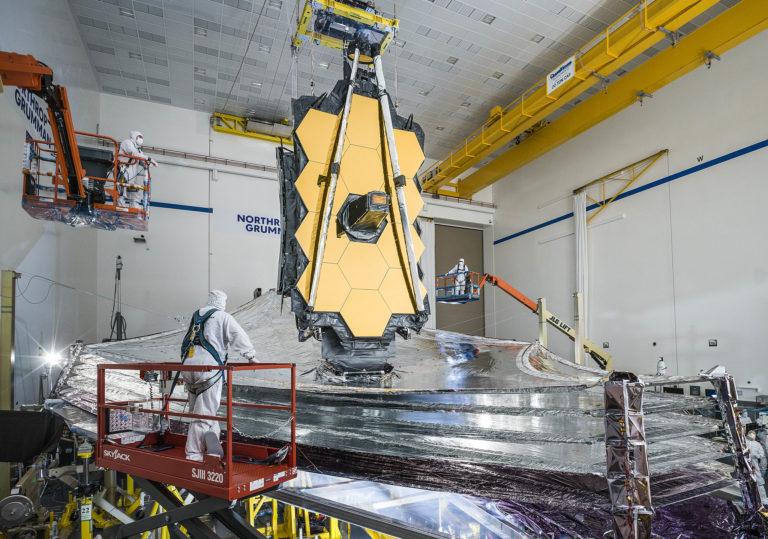 Engineers testing the James Webb Space Telescope.  Photo: NASA