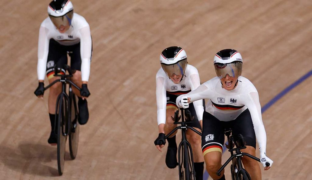 German tracks four races to win Olympic gold with a world record