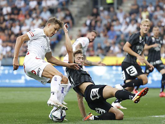 Salzburg maintains top spot - Sturm draw, Rapid win