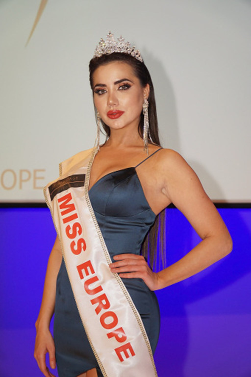 Vienna crowned the most beautiful woman in Europe    research!