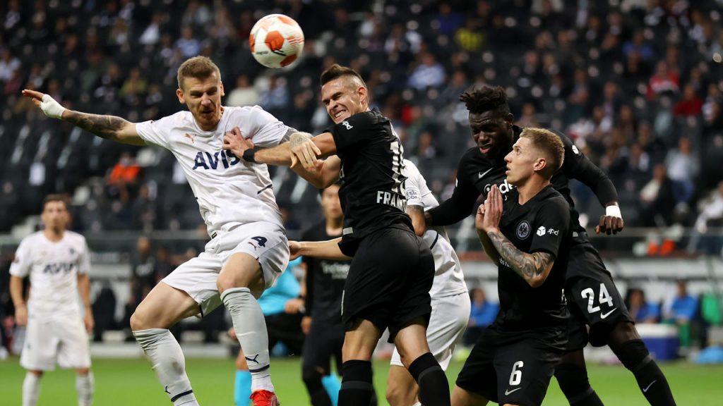 Europa League: Ozil goal costs Oliver Glasner points for Frankfurt