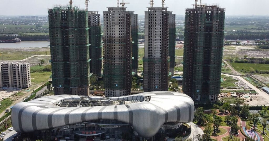 China is preparing for the collapse of the Evergrande