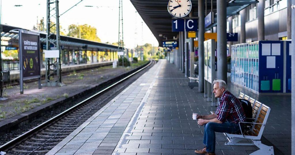 Deutsche Bahn strike: 70 per cent of long-distance trains canceled