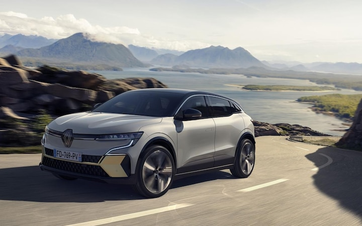 Renault Megane E-TECH Electric is scheduled to go on sale in March 2022. Among other things on board: bi-directional charging capability.