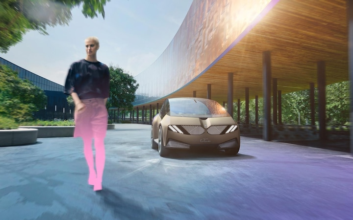 The BMW i Vision Circular Concept aims to provide an overview of BMW's direction for 2040.