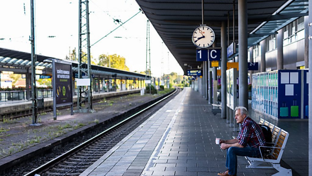 Train movement - Deutsche Bahn's strike causes a large number of train cancellations