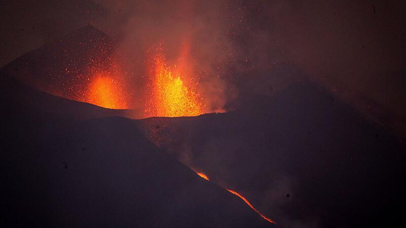 Volcanic eruption on the Canary Island of La Palma